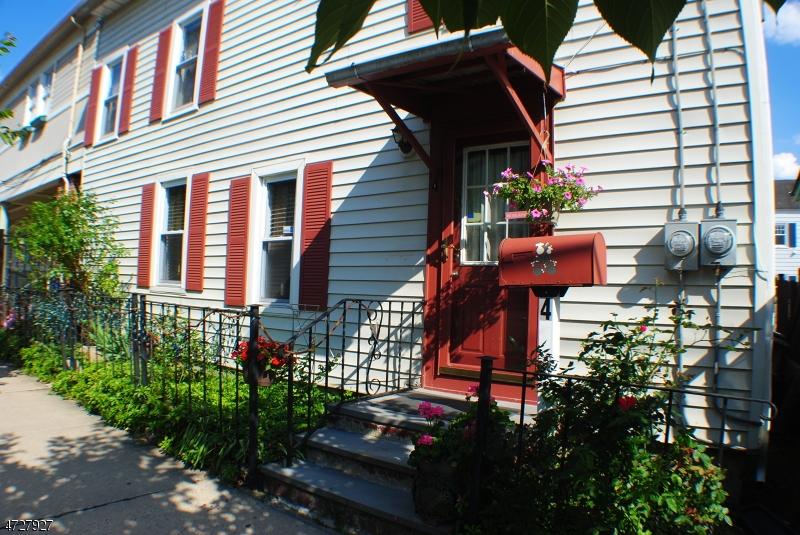 商用 为 销售 在 4 E Main Street 克林顿, 新泽西州 08809 美国