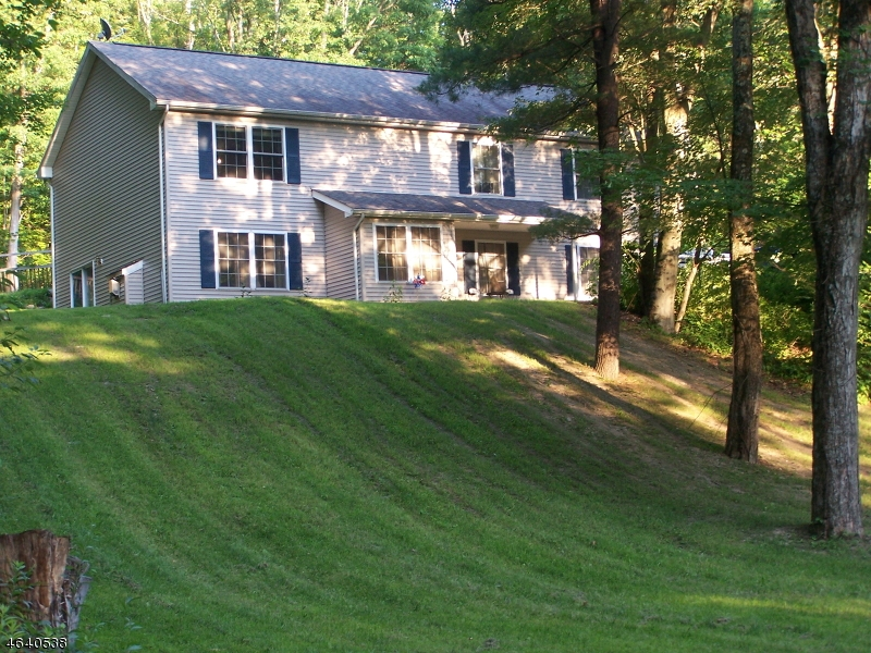 Single Family Home for Sale at 22 Doremus Lane Montague, New Jersey 07827 United States