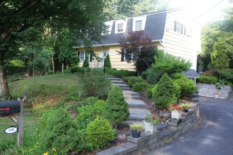 Single Family Home for Sale at 501 Hamilton Drive Hackettstown, New Jersey 07840 United States