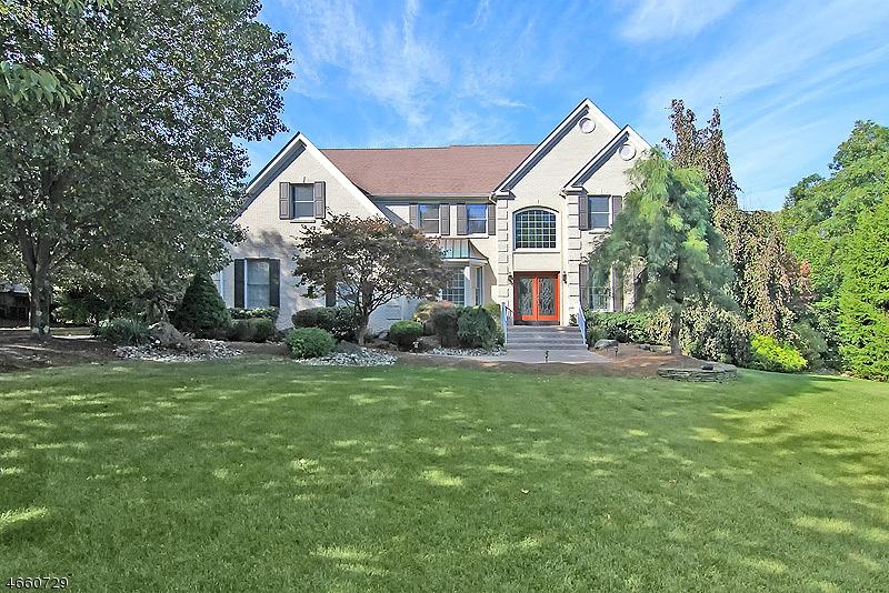 Частный односемейный дом для того Продажа на 16 Ridge Road Green Brook Township, 08812 Соединенные Штаты