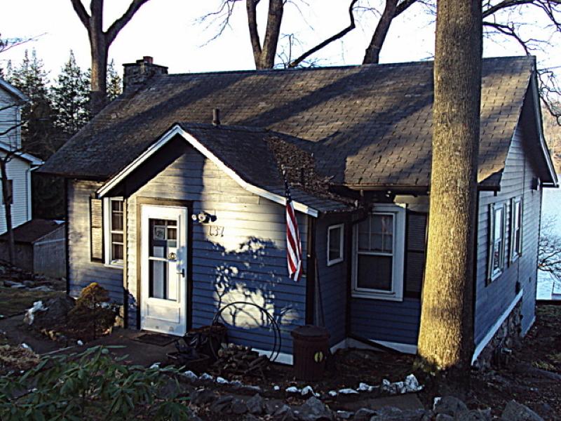 Casa Unifamiliar por un Alquiler en 137 Lakeview Avenue Ringwood, Nueva Jersey 07456 Estados Unidos