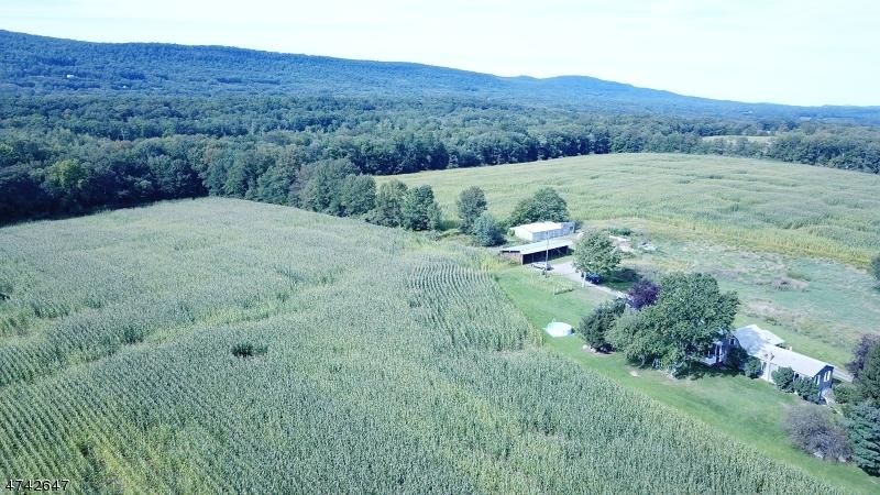 Частный односемейный дом для того Продажа на 67 Mattison Road Frankford Township, Нью-Джерси 07826 Соединенные Штаты