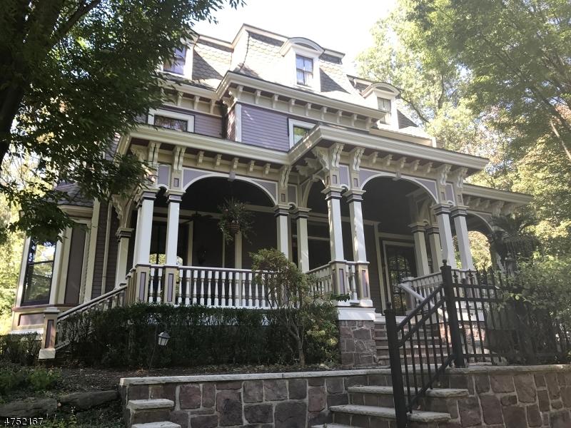 Частный односемейный дом для того Аренда на 176 S Mountain Avenue Montclair, Нью-Джерси 07042 Соединенные Штаты