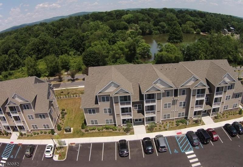 Частный односемейный дом для того Аренда на 57 Park Drive Clinton, Нью-Джерси 08809 Соединенные Штаты