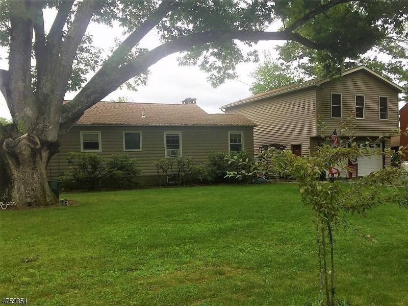 独户住宅 为 销售 在 3 Laramie Trail 西米尔福德, 新泽西州 07421 美国