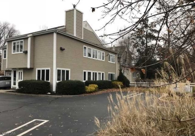 Commercial for Sale at 1000 S Maple Avenue Glen Rock, New Jersey 07452 United States