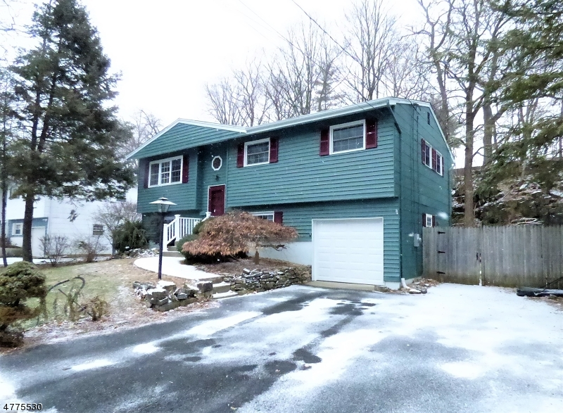 Einfamilienhaus für Verkauf beim 37 Kory Road 37 Kory Road Newton, New Jersey 07860 Vereinigte Staaten