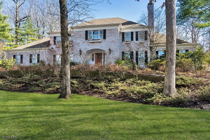 Single Family Home for Sale at 37 Gordon Rd 37 Gordon Rd Essex Fells, New Jersey 07021 United States