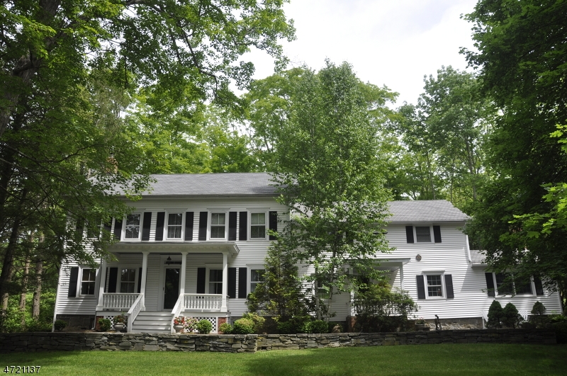 Single Family Home for Sale at 924 County Road 619 Stillwater, New Jersey 07860 United States