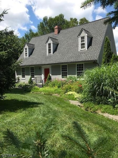 独户住宅 为 销售 在 173 Point Breeze Drive 西米尔福德, 新泽西州 07421 美国