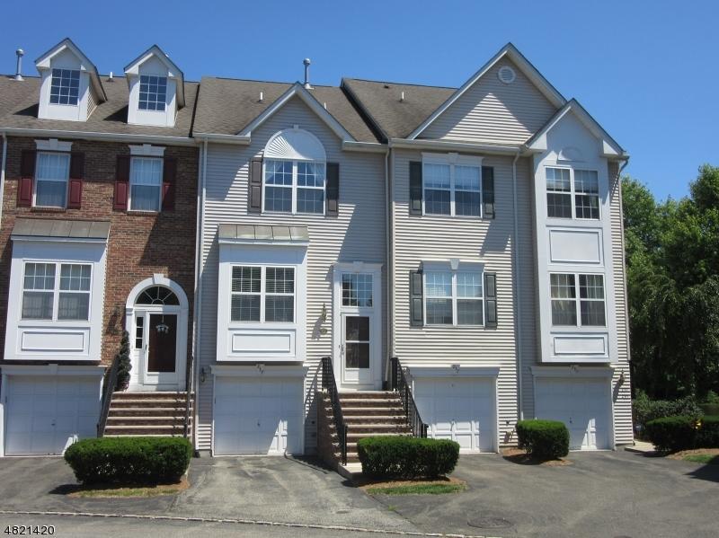 Condo / Townhouse için Satış at 239 TERRACE LAKE Drive Butler, New Jersey 07405 Amerika Birleşik Devletleri