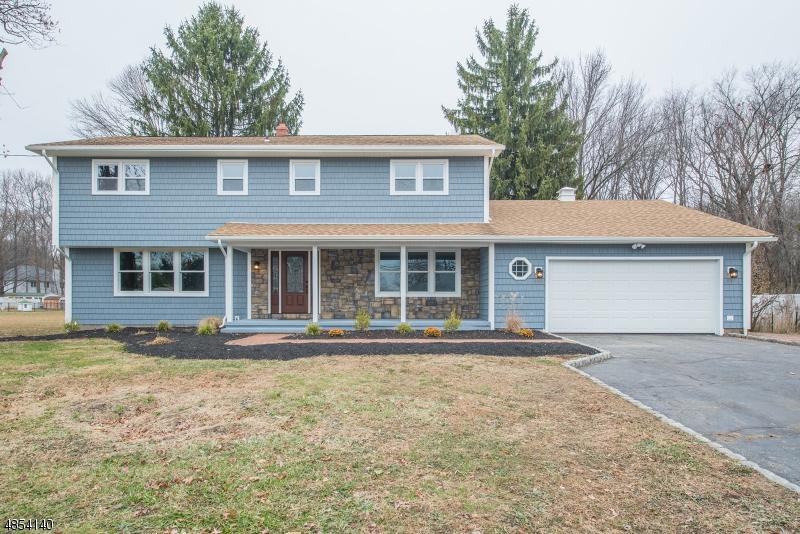 Casa Unifamiliar por un Venta en 148 HORSENECK Road Fairfield, Nueva Jersey 07004 Estados Unidos