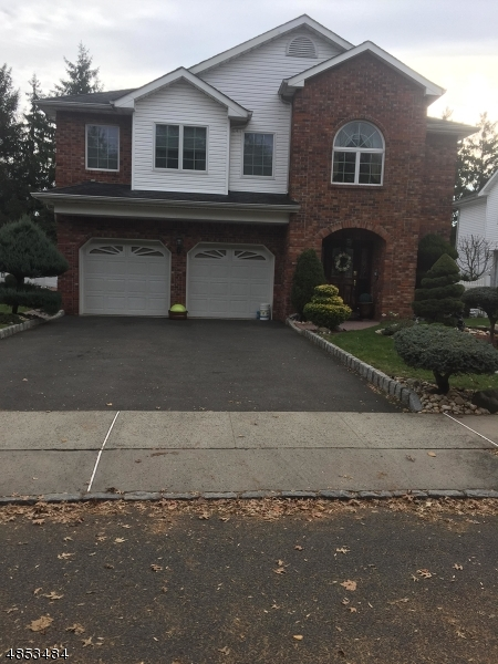 Villas / Townhouses for Sale at 105 RITORTO CT 105 RITORTO CT Union Township, New Jersey 07083 United States