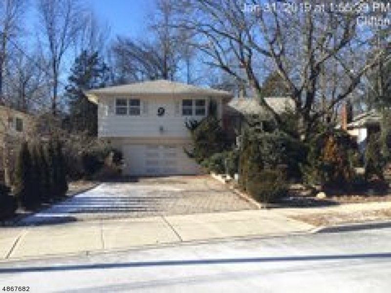 9 KENNEDY Court  Clifton, Nueva Jersey 07013 Estados Unidos