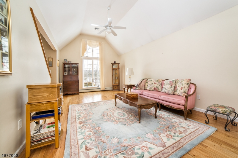 Additional photo for property listing at 5 COLE HAVEN TER W  Montague, New Jersey 07827 United States
