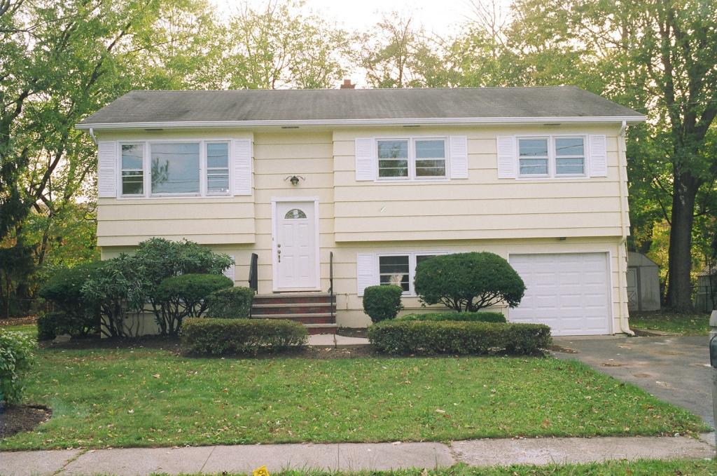 287 ENGLISH Court  Bridgewater, New Jersey 08807 Hoa Kỳ