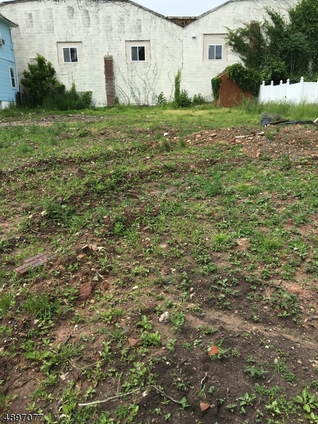 Land for Sale at Garwood, New Jersey 07027 United States