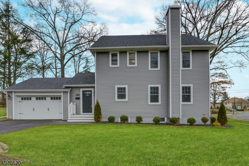 Single Family Homes por un Venta en Springfield, Nueva Jersey 07081 Estados Unidos