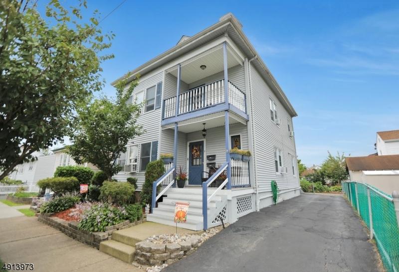 Multi-Family Homes para Venda às Totowa Boro, Nova Jersey 07512 Estados Unidos