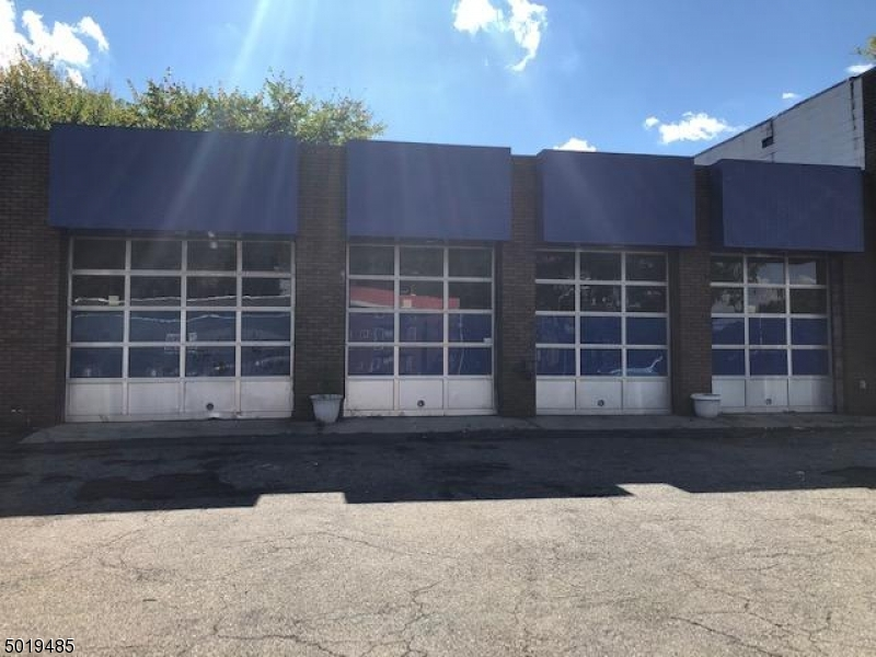 Commercial for Sale at East Orange, New Jersey 07017 United States
