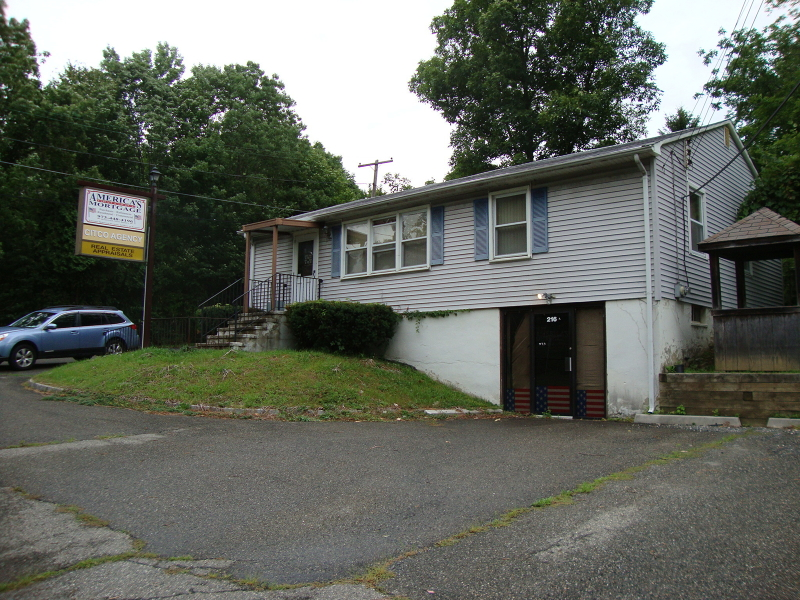 Additional photo for property listing at 216 Route 206  Byram Township, New Jersey 07821 États-Unis