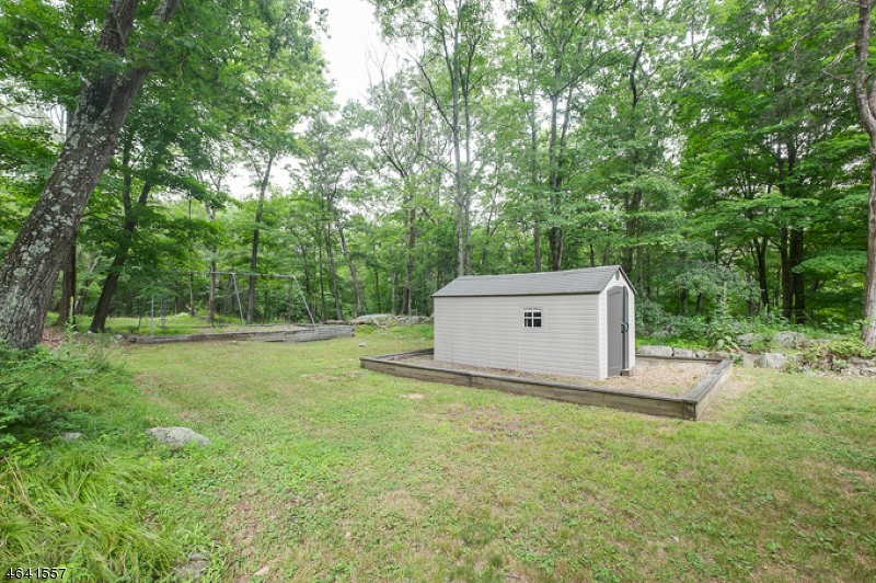 Additional photo for property listing at 400 Koehler Road  Boonton, Нью-Джерси 07005 Соединенные Штаты