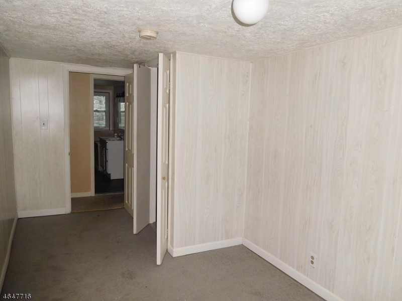 Additional photo for property listing at 122 Axford Avenue  Oxford, New Jersey 07863 États-Unis