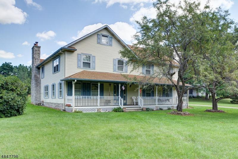 Частный односемейный дом для того Продажа на 163 Flanders Netcong Road Flanders, 07836 Соединенные Штаты