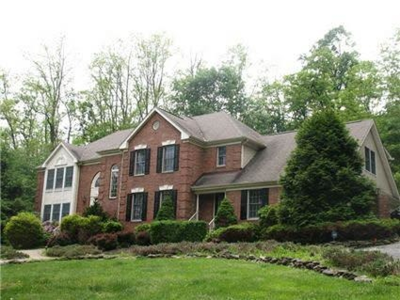 Casa Unifamiliar por un Alquiler en 5 Valley View Drive Califon, Nueva Jersey 07830 Estados Unidos