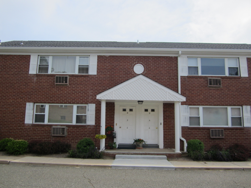 Single Family Home for Rent at 2467 Route 10 Morris Plains, New Jersey 07950 United States