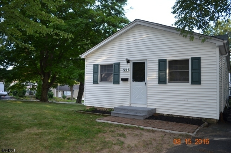 Casa Unifamiliar por un Venta en 372 Halsey Road Parsippany, Nueva Jersey 07054 Estados Unidos