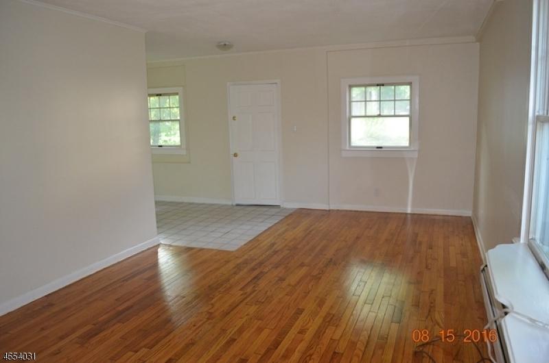 Additional photo for property listing at 372 Halsey Road  Parsippany, Nueva Jersey 07054 Estados Unidos