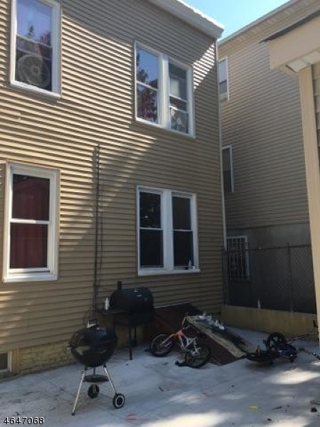 Additional photo for property listing at 39-41 ALDINE Street  Newark, Nueva Jersey 07112 Estados Unidos
