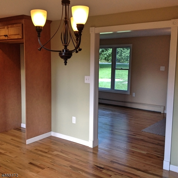 Additional photo for property listing at 182 Mudtown Road  Wantage, New Jersey 07461 United States
