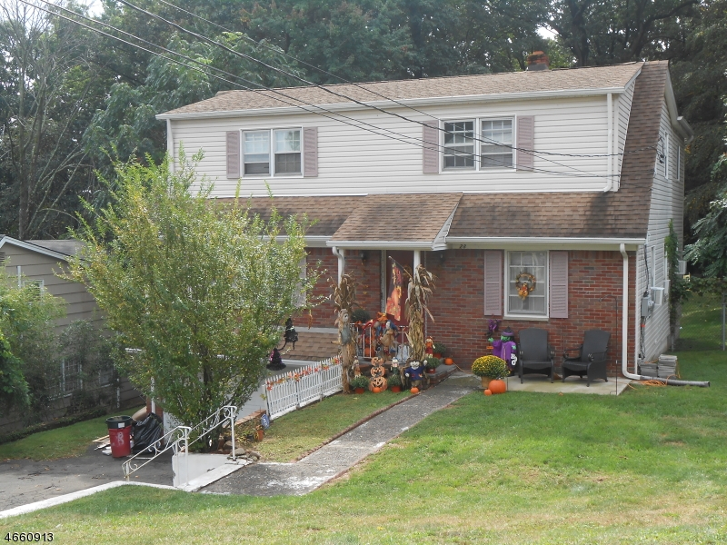 Additional photo for property listing at 28 Macfarlan Avenue  Hawthorne, New Jersey 07506 United States