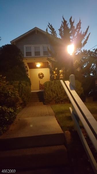 Additional photo for property listing at 166 Lexington Avenue  Westwood, Нью-Джерси 07675 Соединенные Штаты