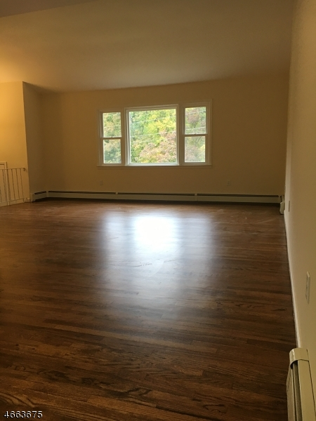 Additional photo for property listing at 2 Otterhill Court  Sussex, New Jersey 07461 États-Unis