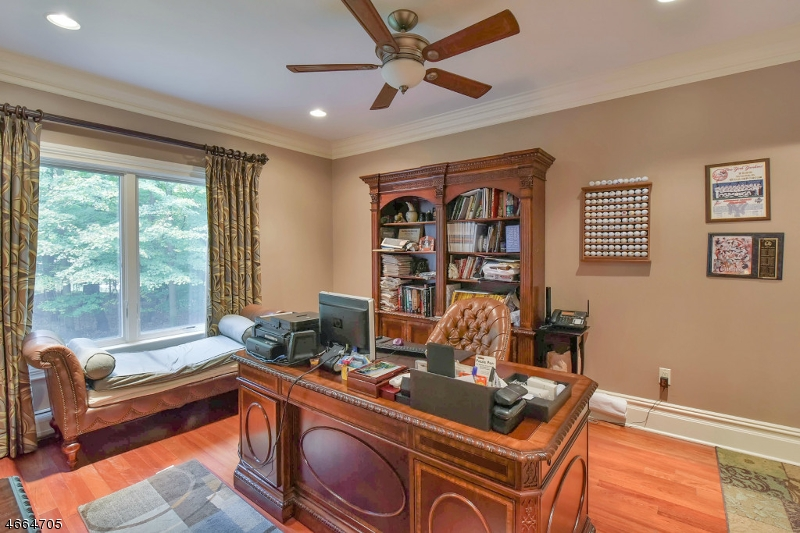 Additional photo for property listing at 20 Harvey Lane  Saddle River, Nueva Jersey 07458 Estados Unidos
