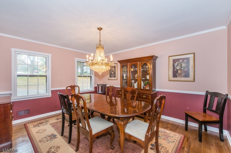 Additional photo for property listing at 6 Oak Street  Chester, New Jersey 07930 United States