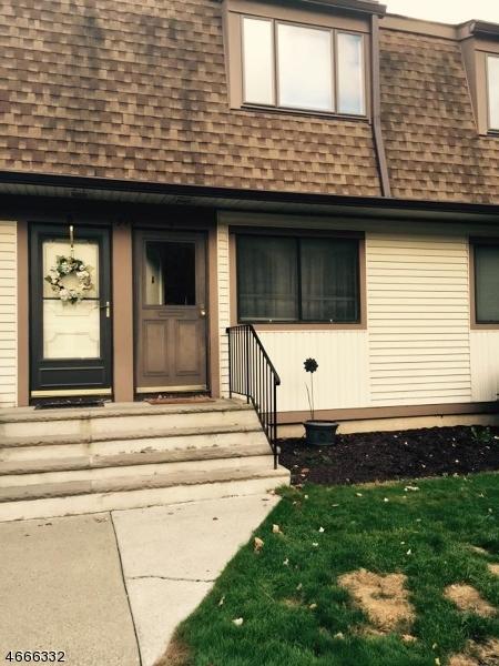 Частный односемейный дом для того Аренда на 1919A STONEGATE Lane Stanhope, 07874 Соединенные Штаты