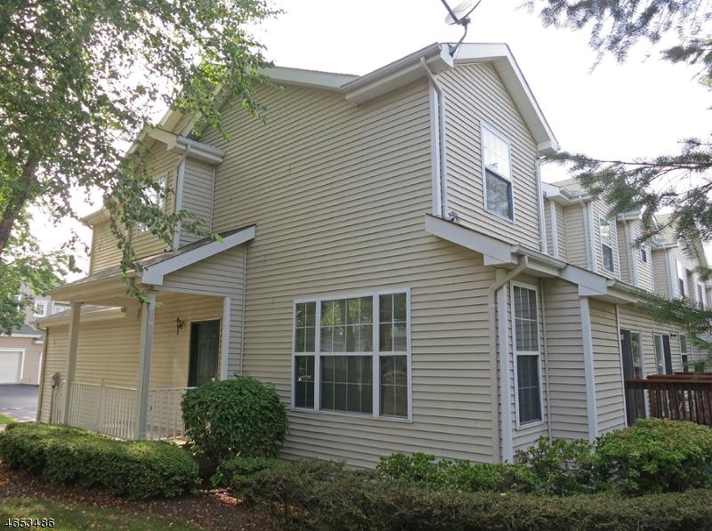 Частный односемейный дом для того Аренда на 14 Alexandra Way Clinton, 08809 Соединенные Штаты