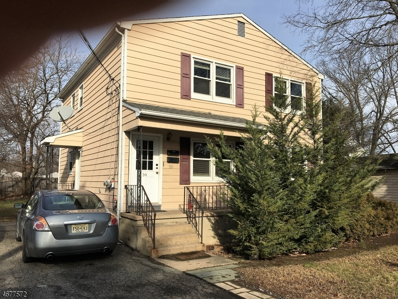 多户住宅 为 销售 在 Address Not Available 里弗代尔, 07457 美国