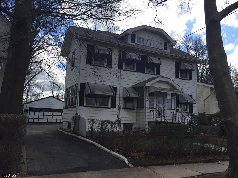Частный односемейный дом для того Продажа на 142 W 9th Avenue Roselle, 07203 Соединенные Штаты
