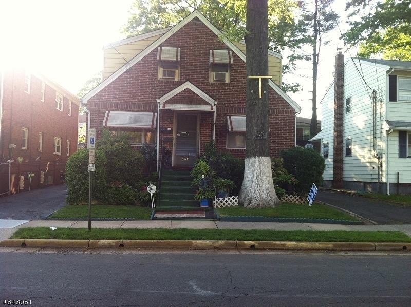 Частный односемейный дом для того Аренда на 625 E Henry Street Linden, Нью-Джерси 07036 Соединенные Штаты
