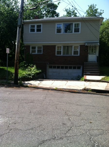 Multi-Family Home for Sale at 22 Crescent Court Newark, New Jersey 07106 United States
