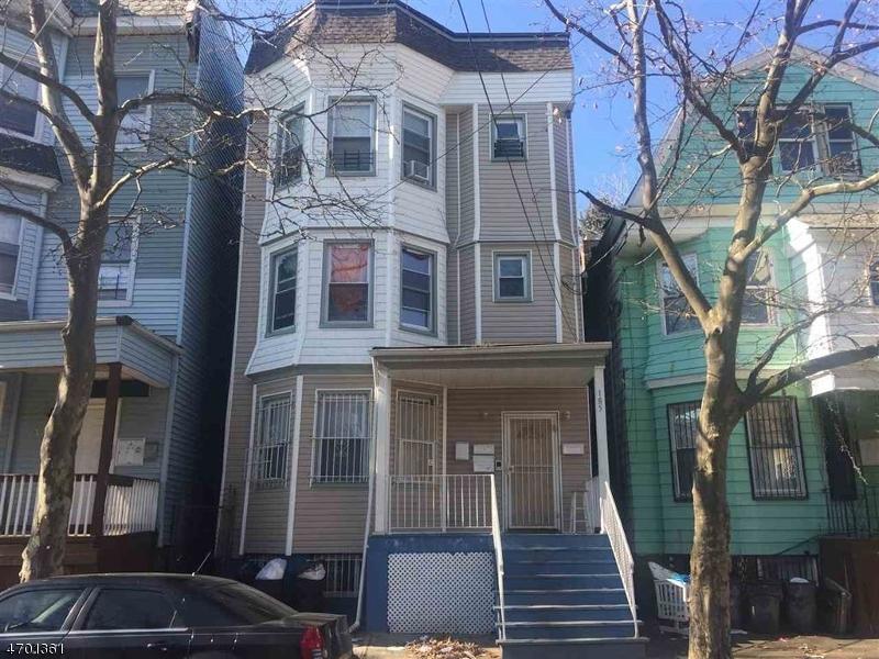 Maison avec plusieurs logements pour l Vente à 185 S 9th Street Newark, New Jersey 07107 États-Unis