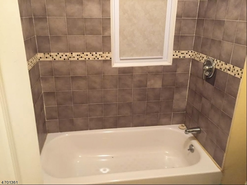 Additional photo for property listing at 185 S 9th Street  Newark, New Jersey 07107 États-Unis