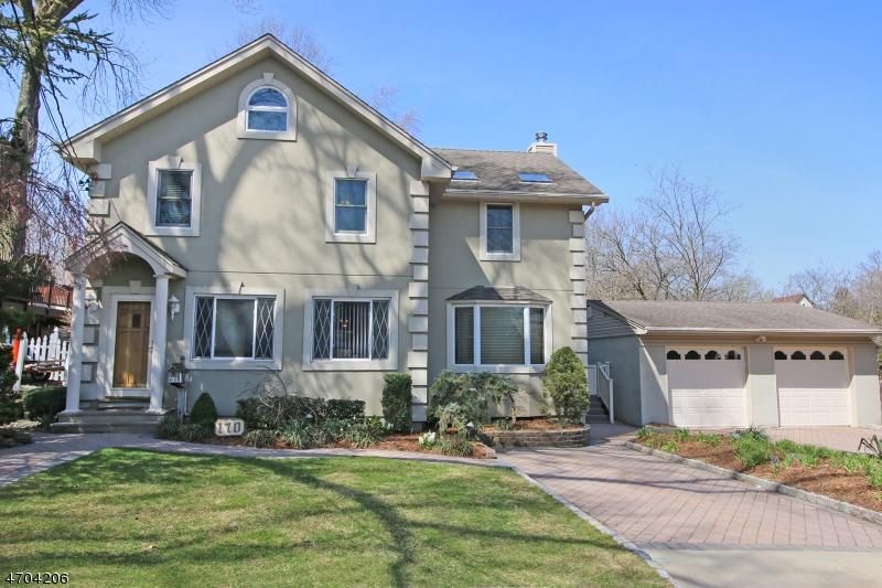 Casa Unifamiliar por un Venta en 170 Lenox Avenue New Milford, Nueva Jersey 07646 Estados Unidos
