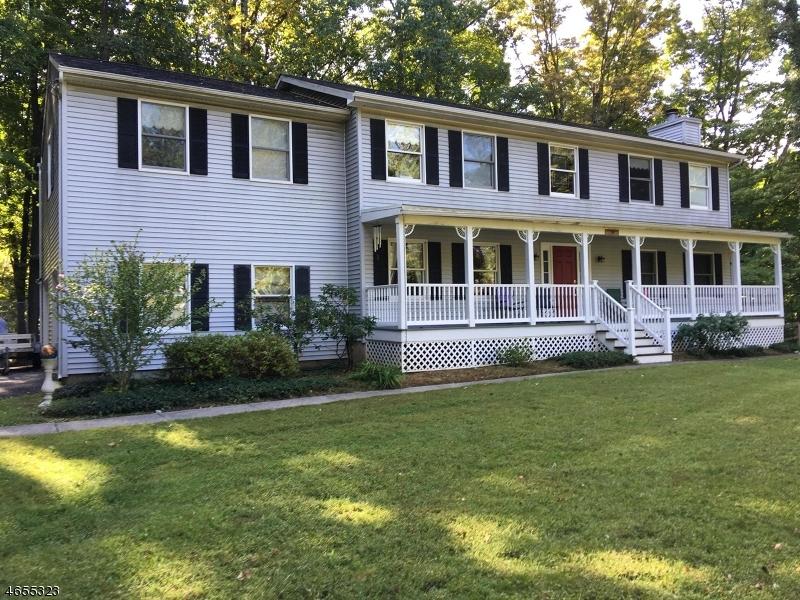 Einfamilienhaus für Verkauf beim 174 ANDOVER SPARTA Road 174 ANDOVER SPARTA Road Andover Township, New Jersey 07860 Vereinigte Staaten