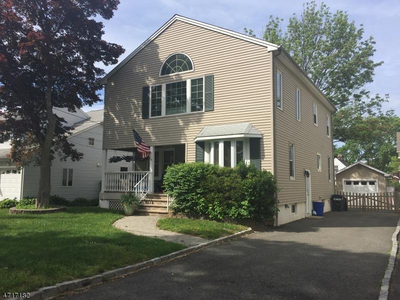 独户住宅 为 销售 在 14 Lyons Avenue 罗斯兰德, 新泽西州 07068 美国